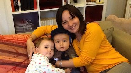 Etre mère en Roumanie : le témoignage de Ioana, maman de Célestine et Paul